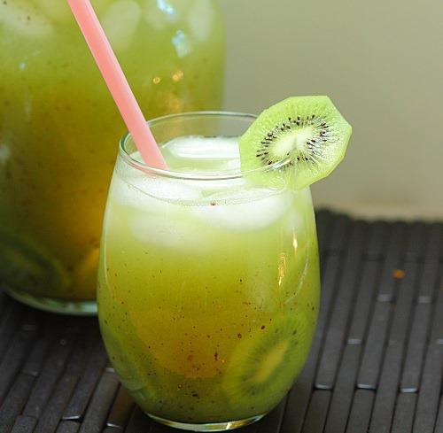 Kiwi cucumber agua fresca.tif