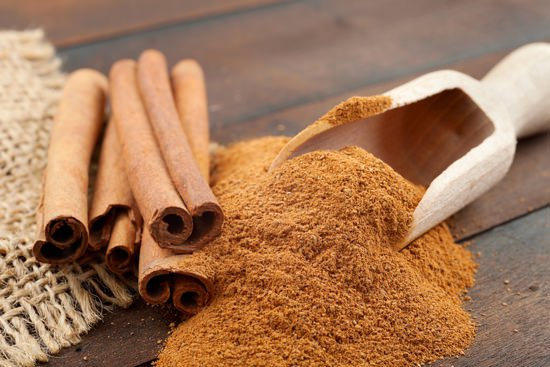 weight loss with cinnamon-sticks-and-powder