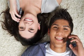 Games to Play on the Phone With Your Boyfriend